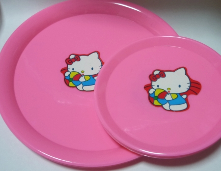 キティもどきお皿